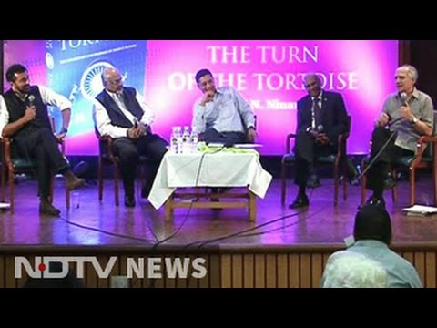 Four clips that prove Arun Shourie is an expert political troll (and one making fun of Arnab Goswami)