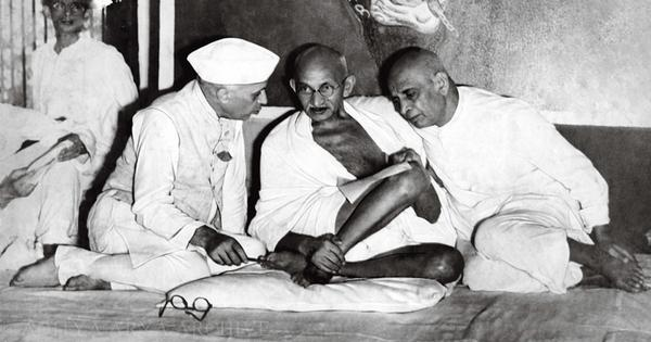 Sardar Patel at work and other glimpses of the Indian freedom struggle