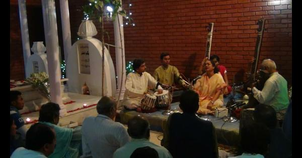 On Begum Akhtar's birth centenary, a musical tribute at her grave this evening