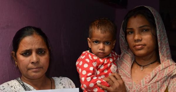 Why poor people in Delhi are desperate to get their babies uniquely identified