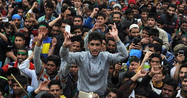 A peaceful rally by Kashmiri separatists has thrown the BJP-PDP government into turbulence