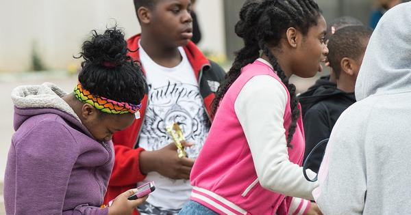 Teens without smartphones encounter a new digital divide
