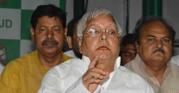 Nitish signals to Lalu that he should give up bid to lead anti-BJP front in Bihar