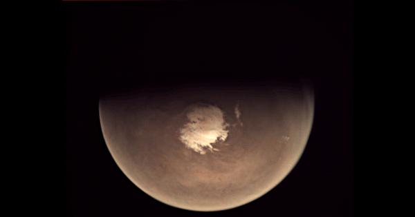 How we found signs of 'recent' running water on Mars