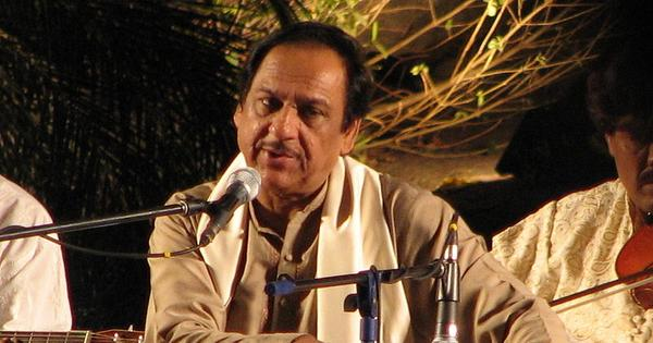 Should Pakistani singer Ghulam Ali bear the burden of Kasab's act of terror?