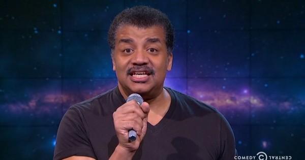 It's 2016, and scientist Neil deGrasse Tyson is still having to tell rapper B.o.B the earth isn't flat