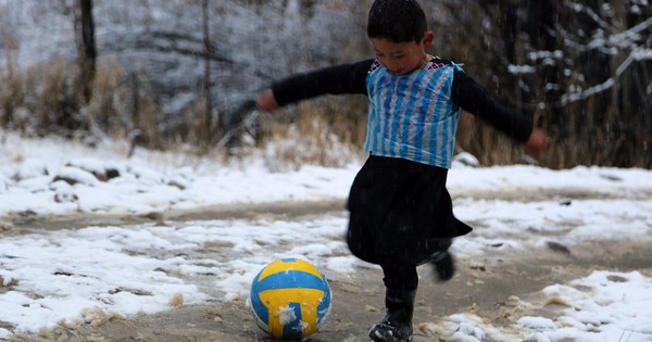 Messi wants to meet five-year-old Afghan fan who wears plastic bag jersey