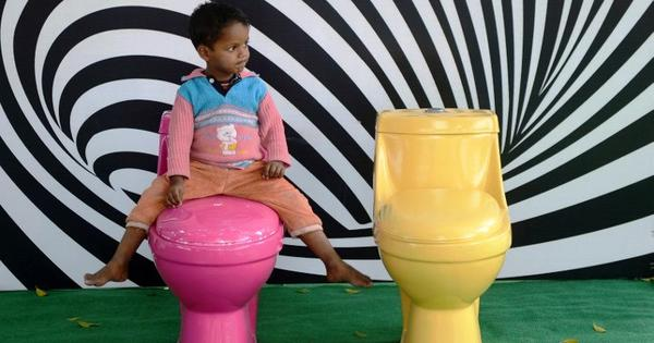 Swachh Bharat: Centre asks banks to help rural India build toilets at home
