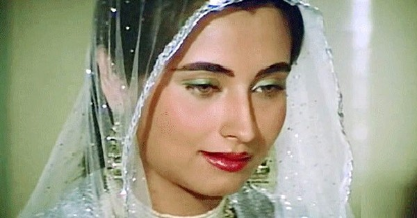 Salma Agha's voice could not match her beauty