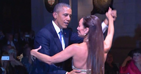 Watch US President Barack Obama be cool and dance the tango (though not very well)