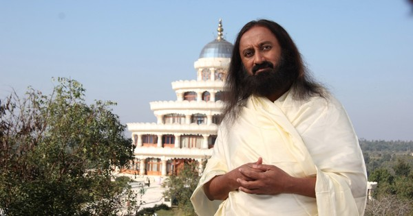 The Sri Sri syndrome: What we should not forget about so-called gurus and godmen