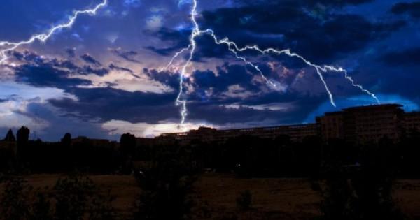 Lightning kills 17 people across Odisha