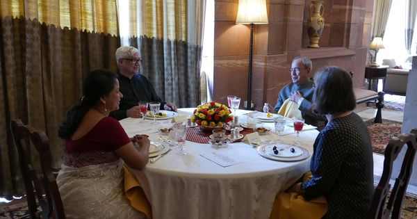Photos: Amitav Ghosh is wandering around Rashtrapati Bhavan and here's what he's found so far