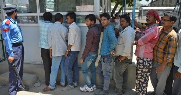 Migrant labourers leave Kashmir Valley as unrest hits wage work