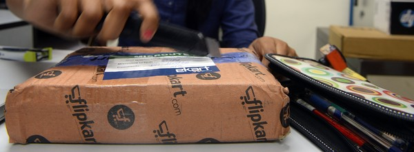 How will Indian e-commerce companies woo buyers this festive season?
