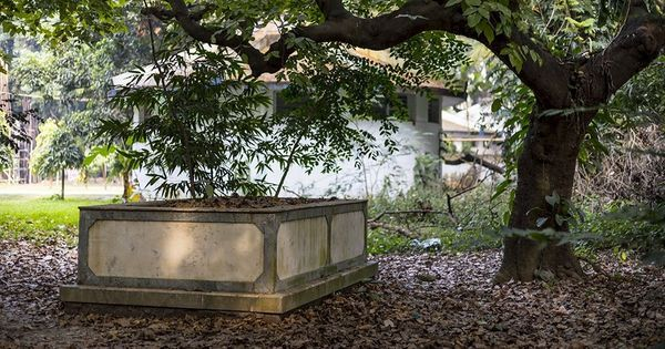 The invisible cemeteries of Kolkata, and where you can find them