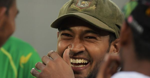 Watch: Bangladesh's Mushfiqur Rahim may have put every bad DRS call to shame with this review