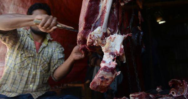Gau rakshak groups want 'illegal' meat shops closed in Bengaluru: TOI report