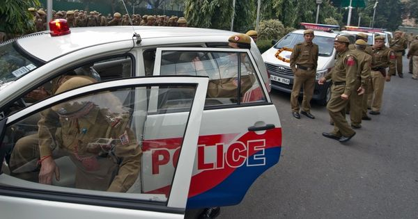 1,211 police stations in India do not have working telephones and 260 have no vehicles, data shows