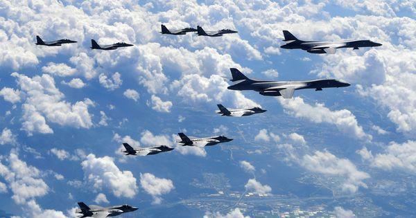 US flies bombers, stealth jets over Korean peninsula