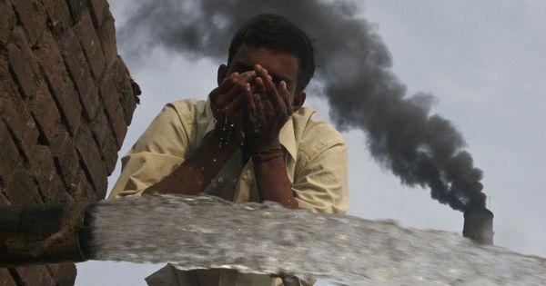 Bonn climate change talks: Fiji's proposal to raise targets on cutting emissions angers India, China