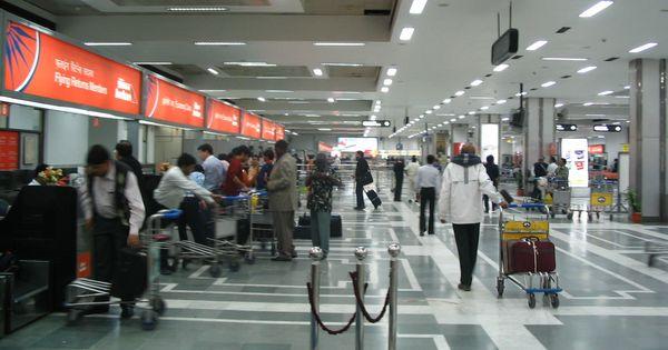 Delhi: Dozens of flights diverted, delayed because of VIP movement