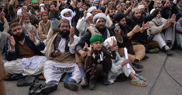 Faizabad deal: Now more than ever, Pakistan's progressives need stop hesitating and start acting