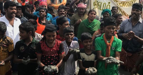 Tamil Nadu: Fisherfolk stage protests to save Chennai's Ennore Creek