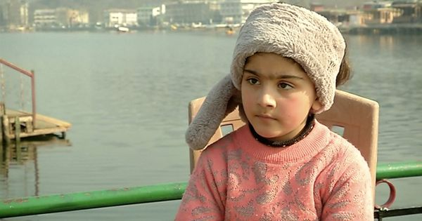 Video: This five-year-old Kashmiri girl has taken on the mammoth task of cleaning up the Dal Lake