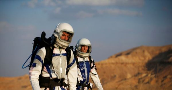 Video: This is what it feels like to live on Mars