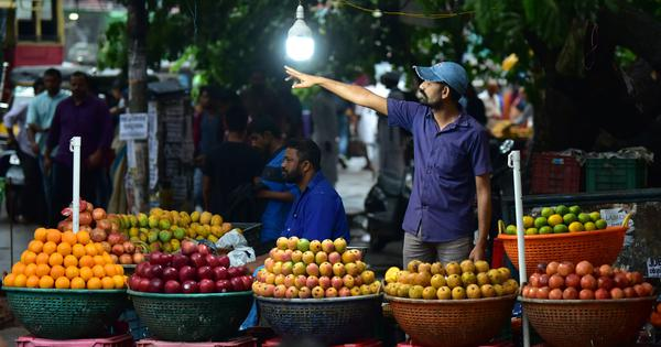 Nipah fear still grips Kozhikode: Markets count their losses, buses and even hospitals go empty