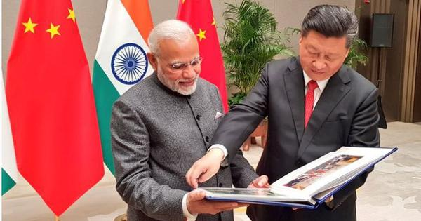 Narendra Modi meets Xi Jinping on the sidelines  of Shanghai Cooperation Organisation summit