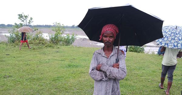 In West Bengal's closed tea gardens, private contractors are forcing locals to work at lower wages