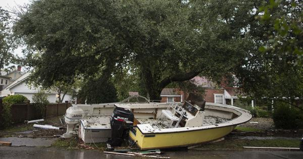 US: Tropical storm Florence batters North, South Carolina leaving at least 11 dead
