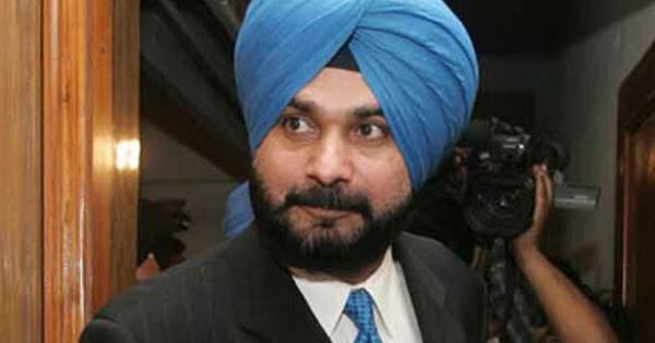 Punjab: Congress leaders demand Sidhu's resignation for 'Amarinder Singh is an Army Captain' remark