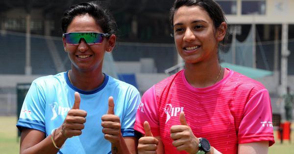 Harmanpreet Kaur, Smriti Mandhana want Ramesh Powar continue as head coach: Report