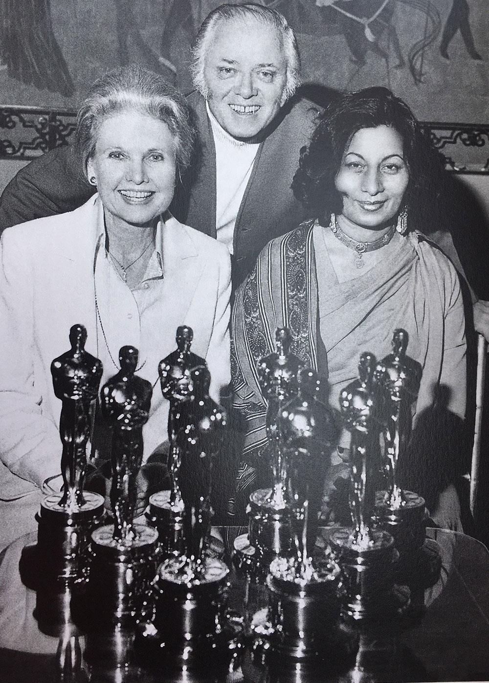 Bhanu Athaiya, who won the first Oscar Award for India, passed away.