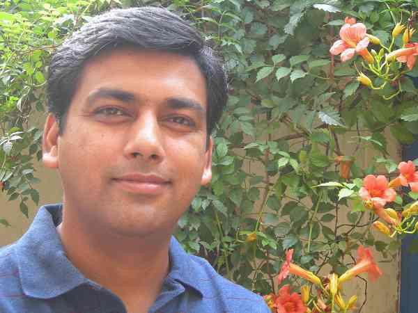 Resultado de imagen de Moti Bagh (Nirmal Chander)