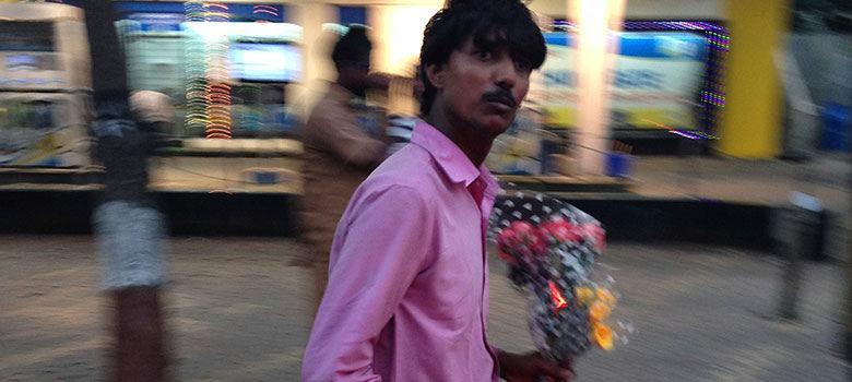Do Mumbai's streetside flower sellers really get their roses from graveyards?