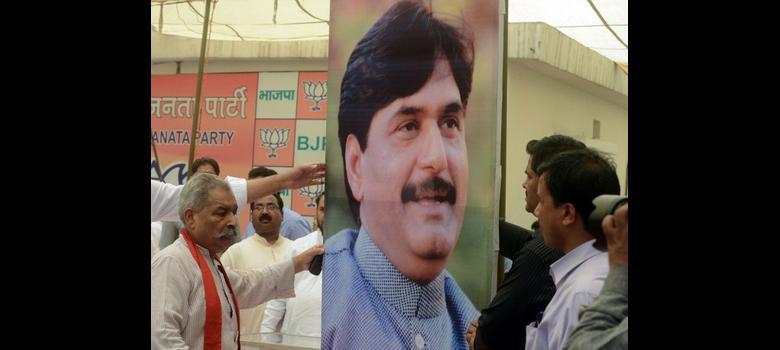 Rural Development minister Gopinath Munde dies in Delhi road accident