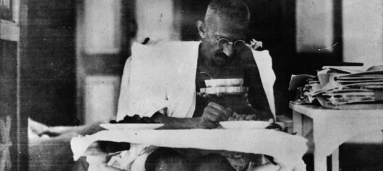 A glimpse at the letters Mahatma Gandhi wrote on August 15, 1947