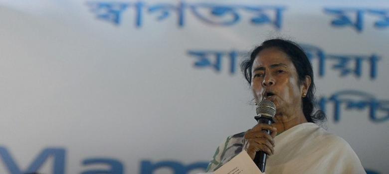 Saradha scam fallout has Mamata considering an anti-BJP alliance in West Bengal