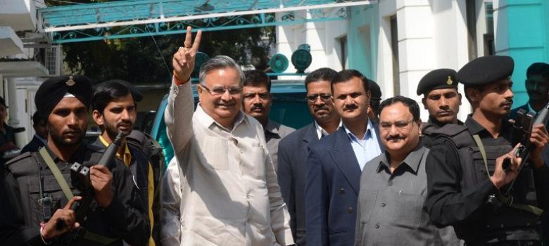 Chattisgarh CM Raman Singh used threats to subvert by-poll, claims Congress