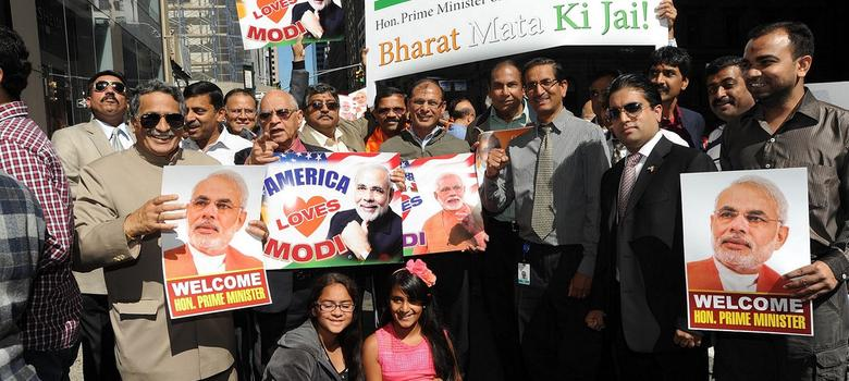As US protects Modi against summons, NRIs with food dabbas gather to greet him