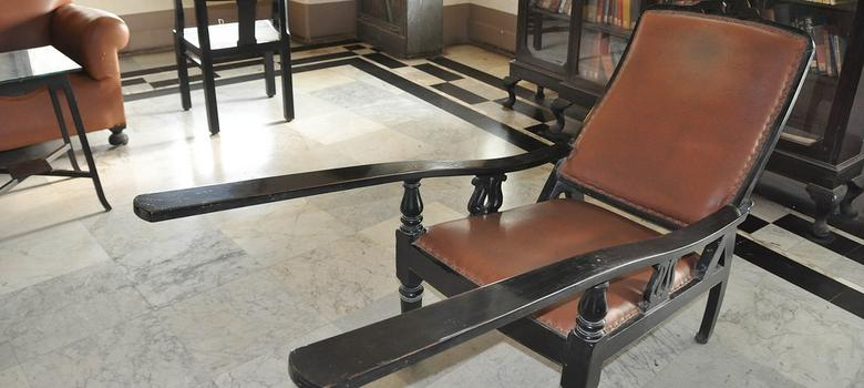Why this chair would have made a better symbol for the offensive Jiyo Parsi ad campaign