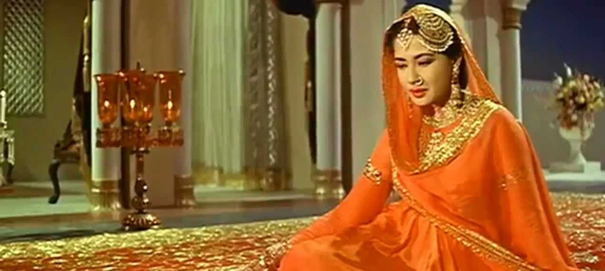 Was the famous 'Pakeezah' song an 'item number' originally?