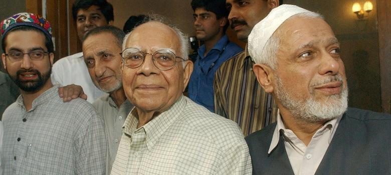 "Ram Jethmalani's lonely black money quest prompts him to accuse Modi of ""intentional fraud"""