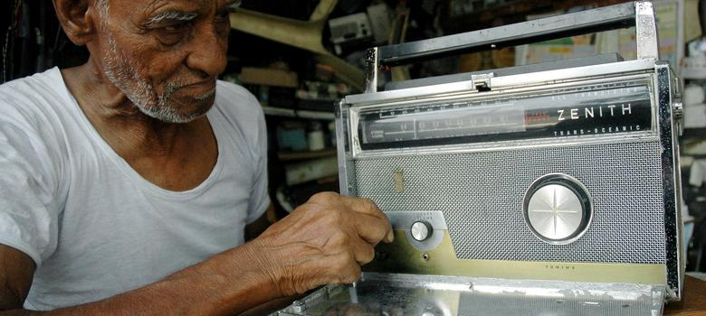 Why India has only 179 community radio stations instead of the promised 4,000
