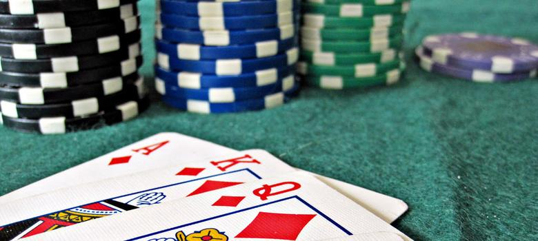 An Indian poker website is betting on offline marketing to gain acceptance