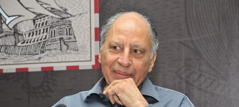 'Akademi has not stood up for beleaguered writers': Poet Keki Daruwalla returns his award